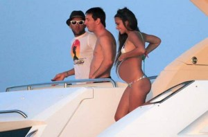 Lionel Messi Girlfriend Pregnancy Pic 2012 03